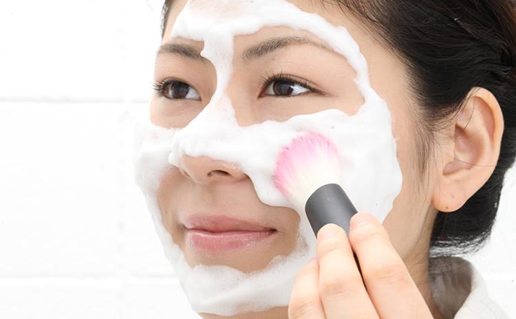 洗顔ブラシ開発の背景